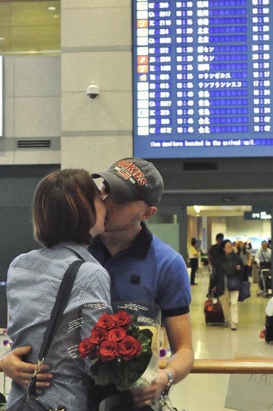 a_kiss_5.jpg