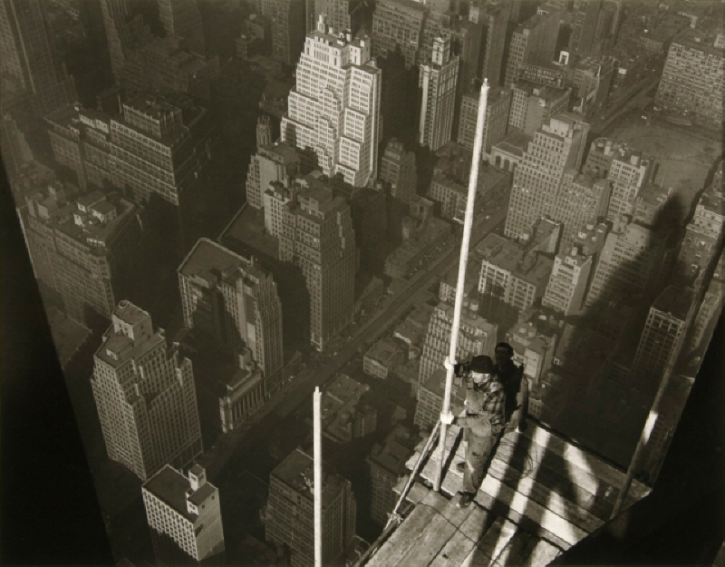 Raising_the_Mast_Empire_State_Building_by_Lewis_W_Hine.jpg
